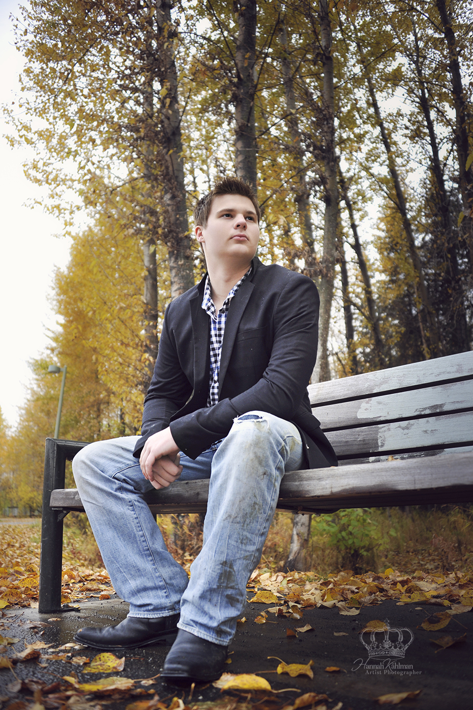 Anchorage_ak_high_school_senior_sitting_