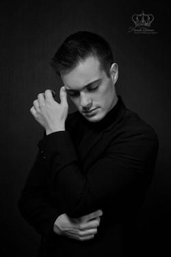 Male_model_fashion_portfolio_photo_heads