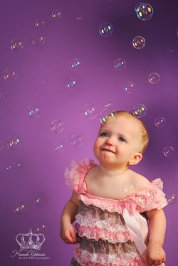 Baby_girl_with_bubbles_cute_in_studio_photo_family_child_photographer_Anchorage_Alaska_Eagle_River_A