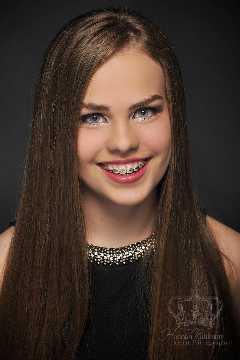 Classic_elegant_Miss_Anchorage_Miss_Alaska_Teen_Pageant_Headshot_Photographer_Anchorage_Alaska_Hanna