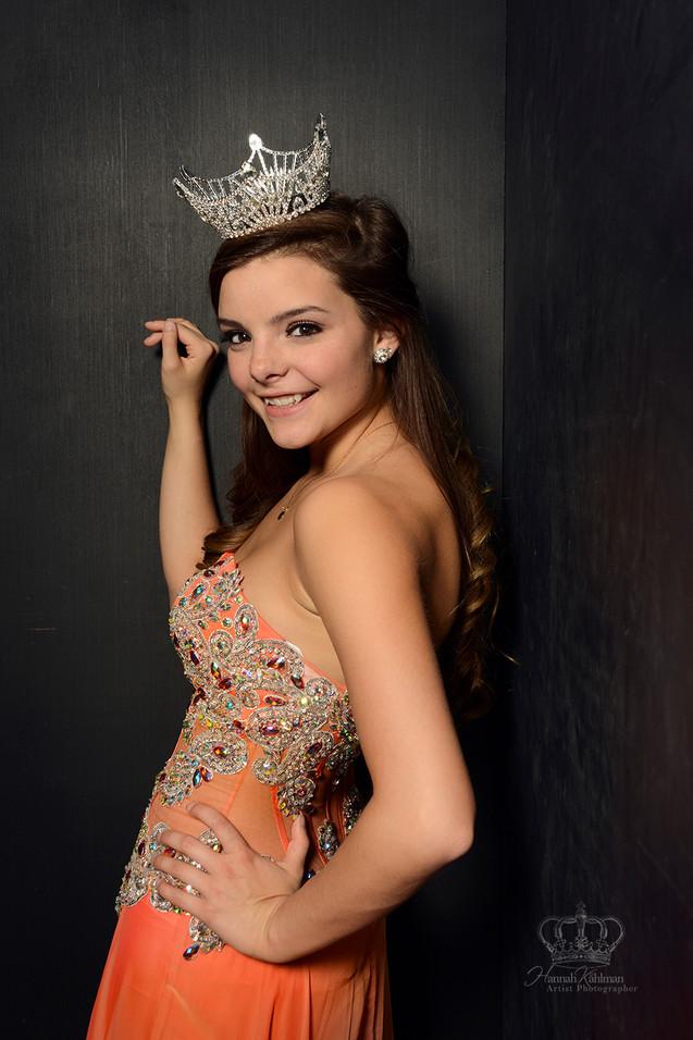 Headshot_for_portfolio_of_Miss_Alaska_Hi