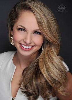 Headshot_of_contestant_for_Miss_Alaska_f