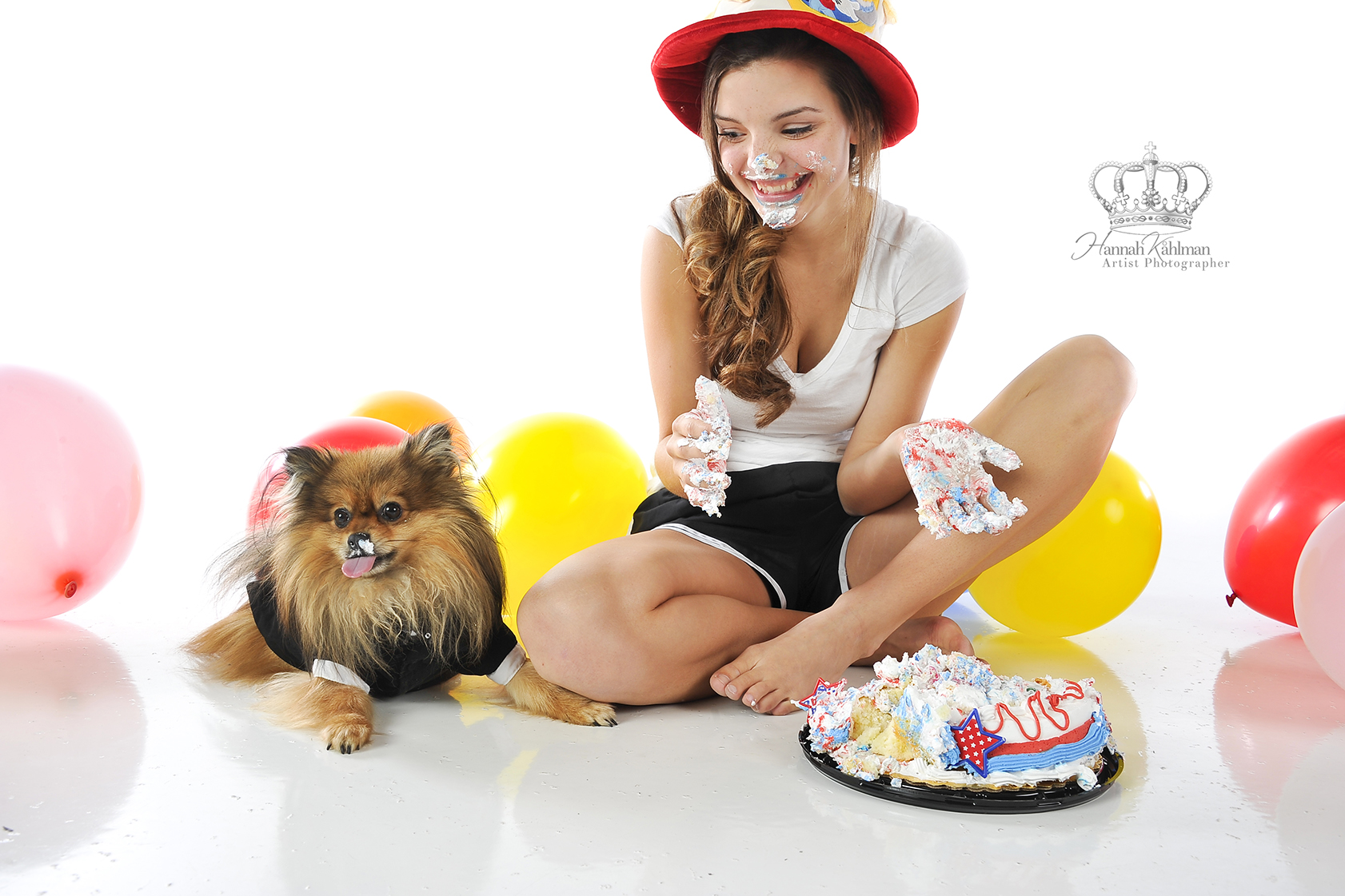 Fun_senior_photo_with_cake_for_birthday_
