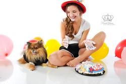 Fun_senior_photo_with_cake_for_birthday_