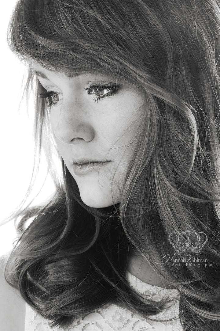 Headshot_half_profile_model_photographer