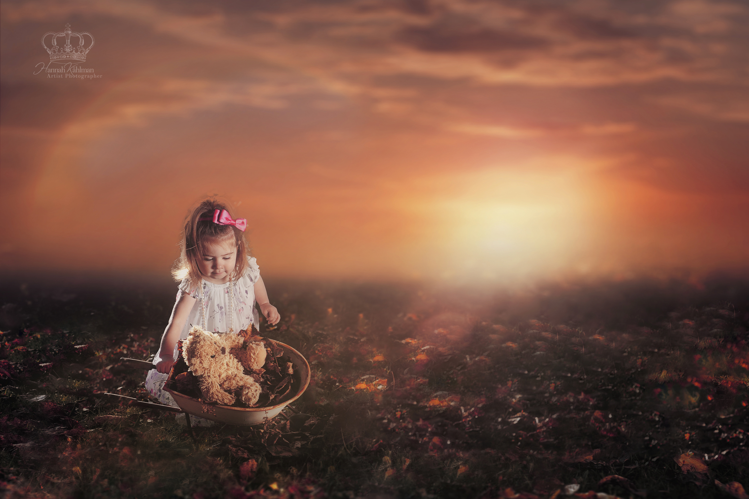 Creative_Conceptual_outdoor_photo_child_