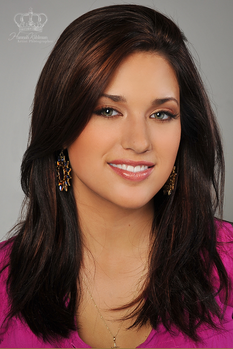 Official_headshot_of_Miss_Alaska_2014_Ma