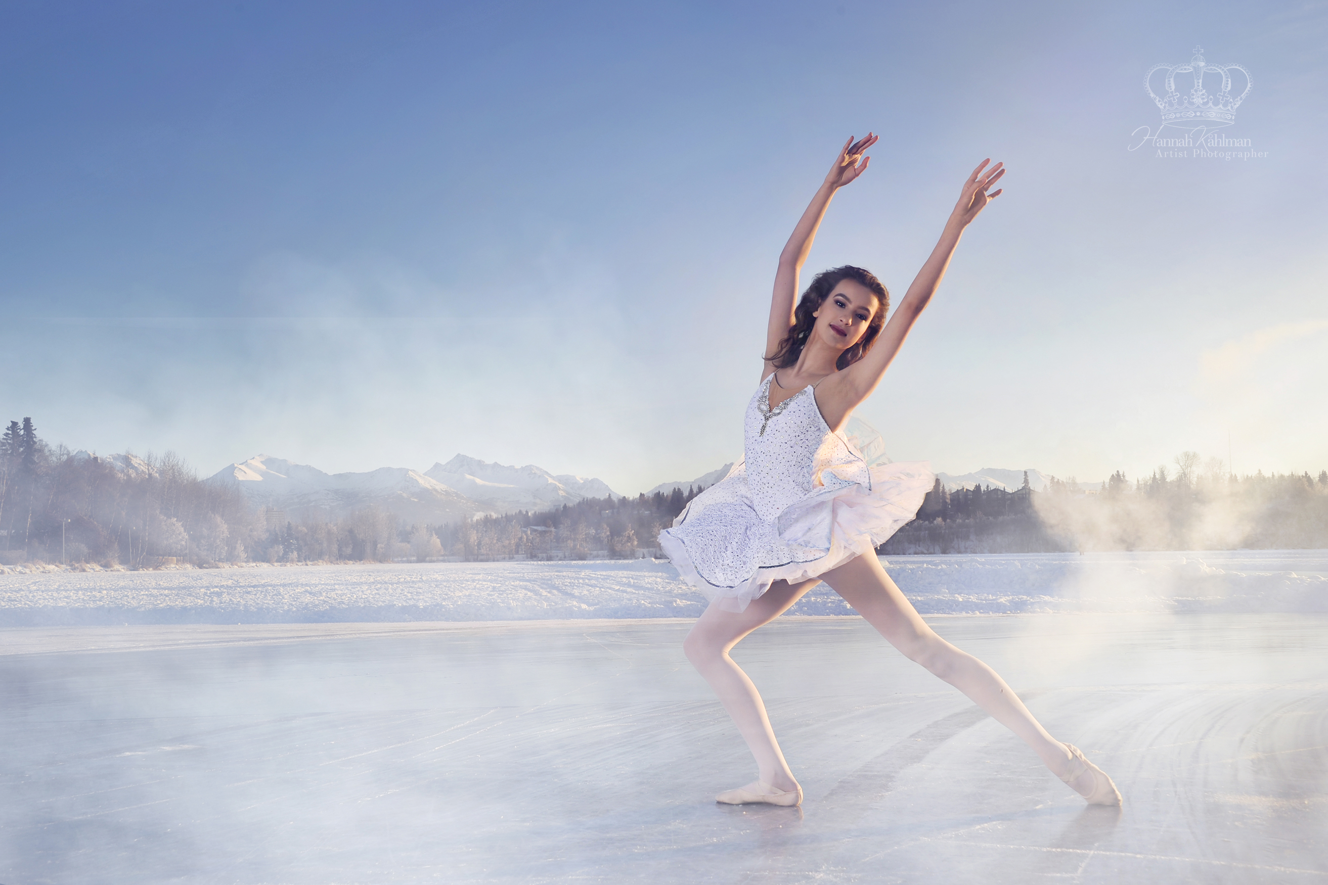 Ballet_dancer_on_ice_outdoors_Anchorage_
