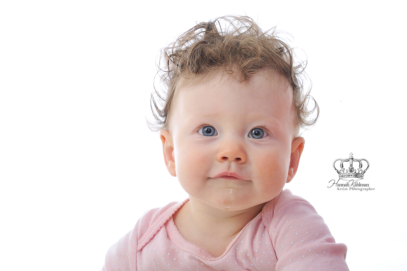 Adorable_cute_baby_girl_headshot_family_photographer_Anchorage_Alaska_Eagle_River_Alaska_portrait_ph