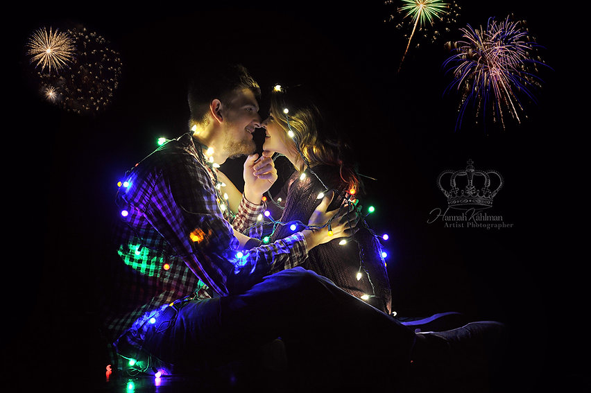 Engagement_photo_with_fireworks_by_Engag