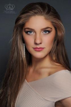 Headshot_of_contestant_for_Miss_Alaska_T