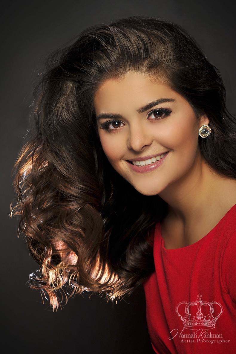 Gorgeous_headshot_Miss_Alaska_Sweetheart_Pageant_Headshot_Photographer_Anchorage_Alaska_Hannah_Kåhlm