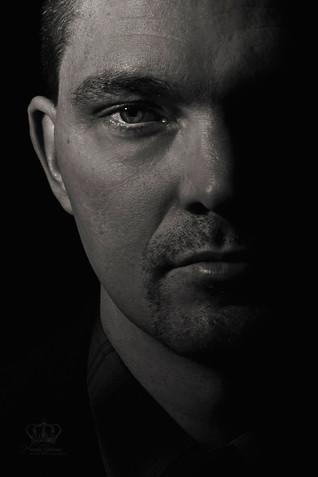 Fine_Art_black_and_white_headshot_male_m