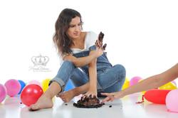 Fun_smash_the_cake_birthday_with_ballet_