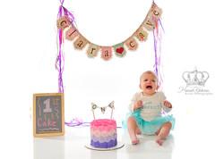 Smash_the_cake_first_birthday_studio_por