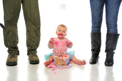 Smash_the_cake_first_birthday_girl_photo