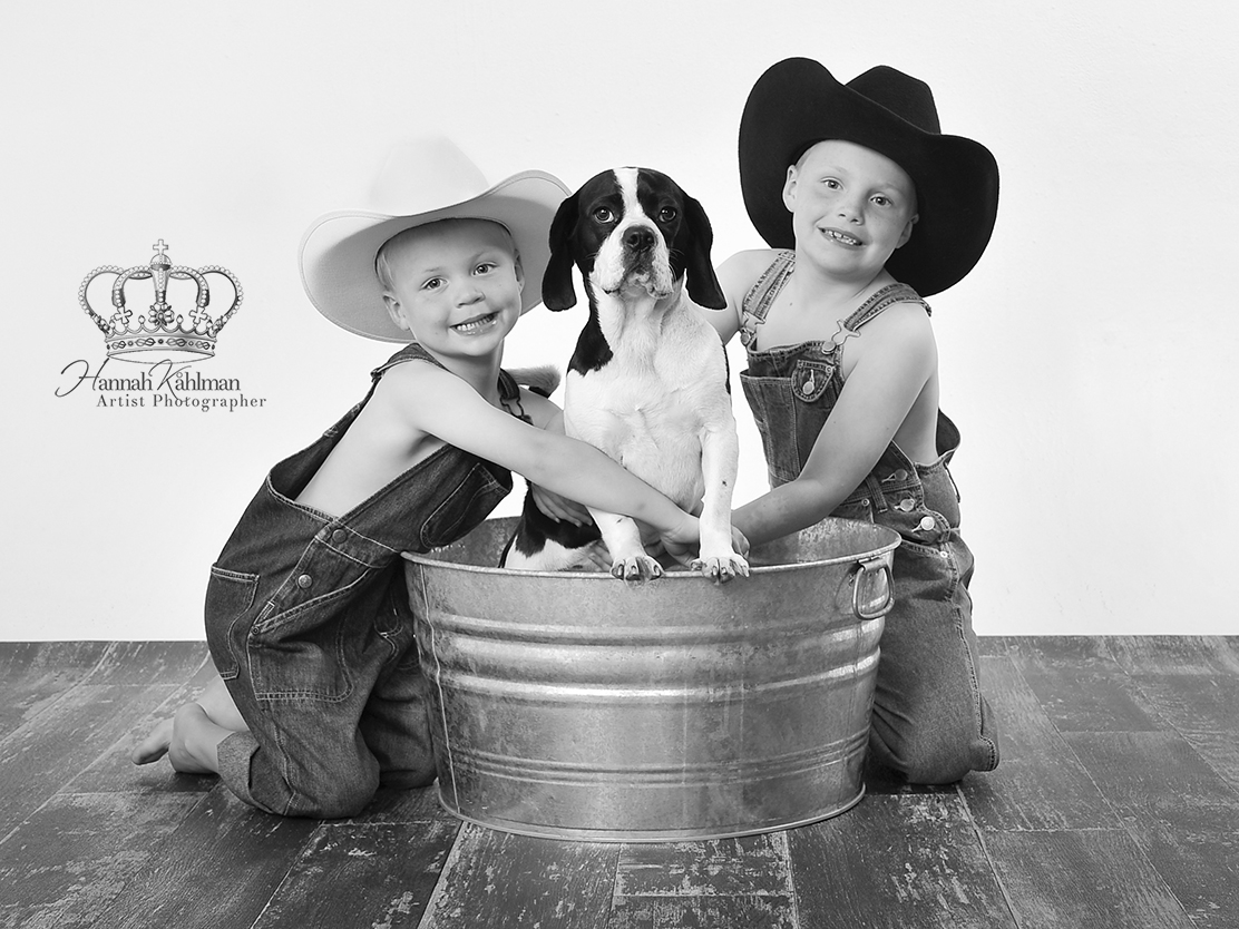 Classic_photo_boys_and_dog_cowbows_in_studio_Anchorage_Alaska_family_photographer_Eagle_River_AK_chi