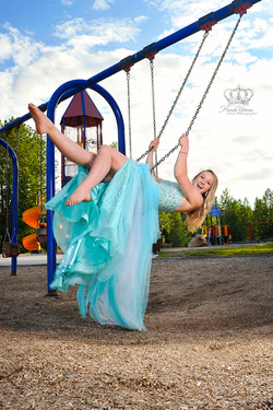 Miss_Anchorage_teen_and_Eagle_River_alas