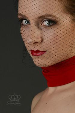 Headshot_of_fashion_model_in_Anchorage_A