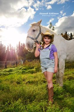 Outdoor photo girl with horse Wasilla Al