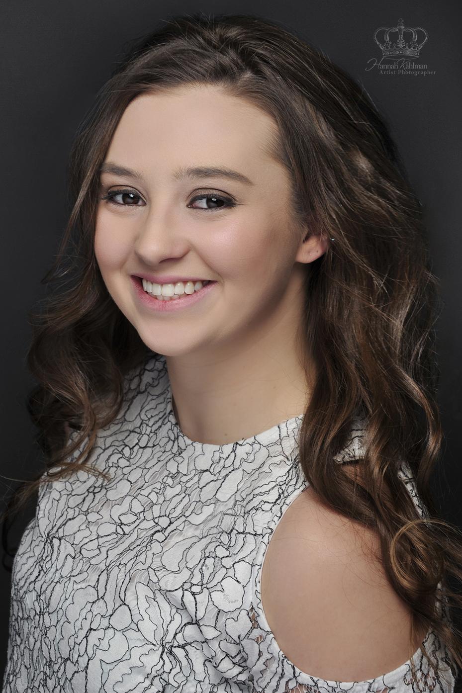 Headshot_of_Miss_Alaska_Agriculture_2018