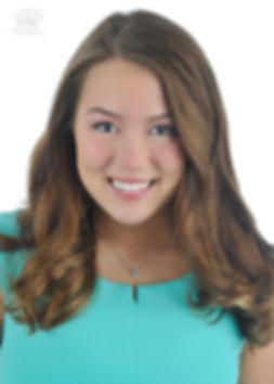 Business_headshot_of_young_woman_in_Anch