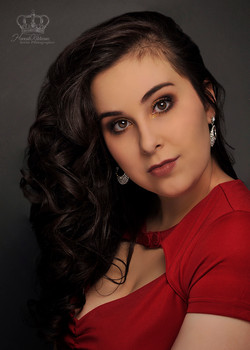 Headshot_of_contestant_for_Miss_Anchorag