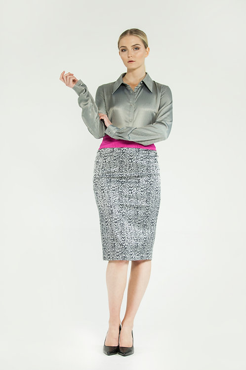 Skirt with cyclamen belt
