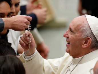 Invitation from Pope Francis to pray the Rosary