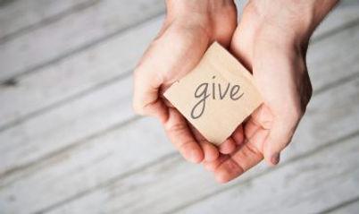 Give - iStock-518141776-370x220.jpg
