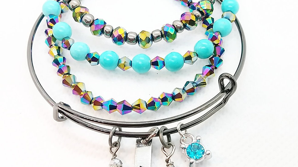 """4pc """"Be the light"""" bangle stack"""