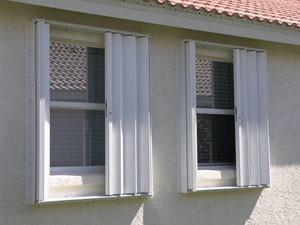accordion-shutters-1-300x225.jpg