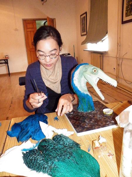 Velociraptor sculpting workshop Mongolia dinosaur