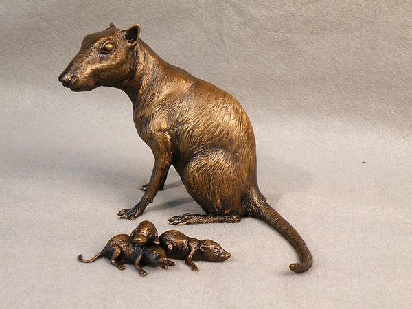 Protungulatum mammal reconstruction Smithsonian bronze