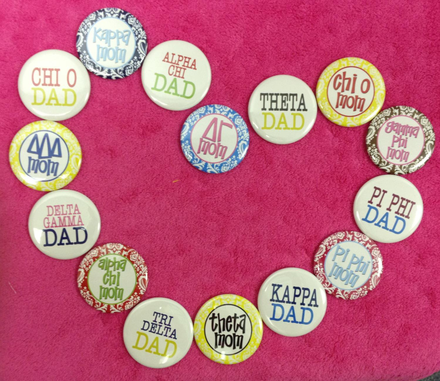 MOM & DAD BUTTONS