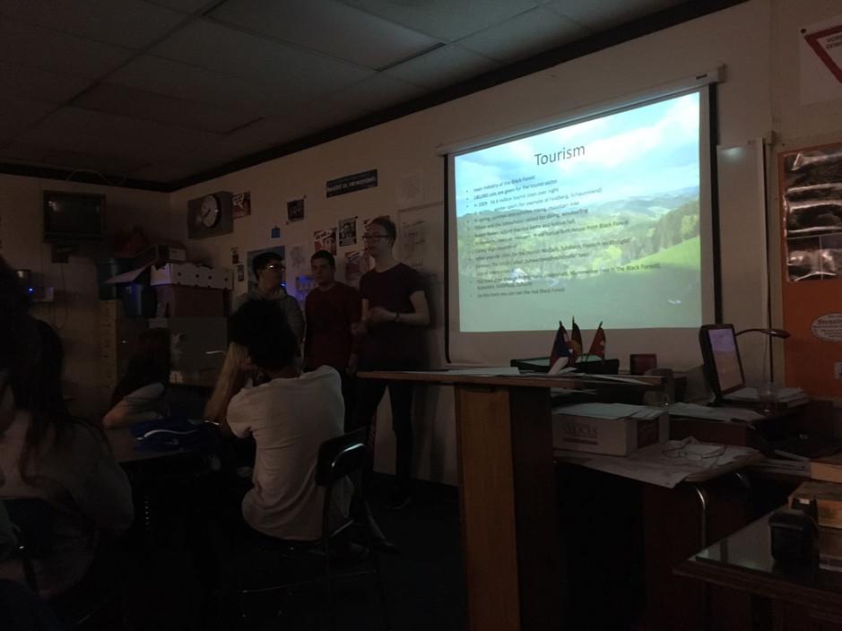 22.03.17 Präsentationen an der Caldwell High School (Christian)