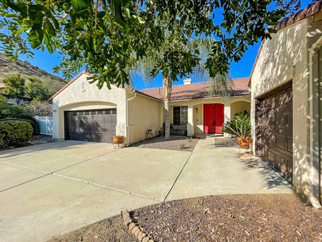 JUST LISTED! Beautiful 3BR/2BA Ryland Home on 0.64 AC located in SDCE | $649,900