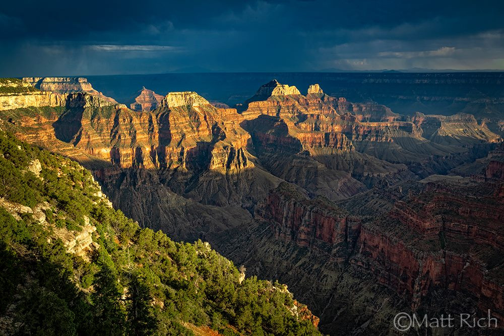 A beautiful shot of the north rim of the Grand Canyon.