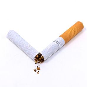 cigarette-3112654_1920_edited.jpg