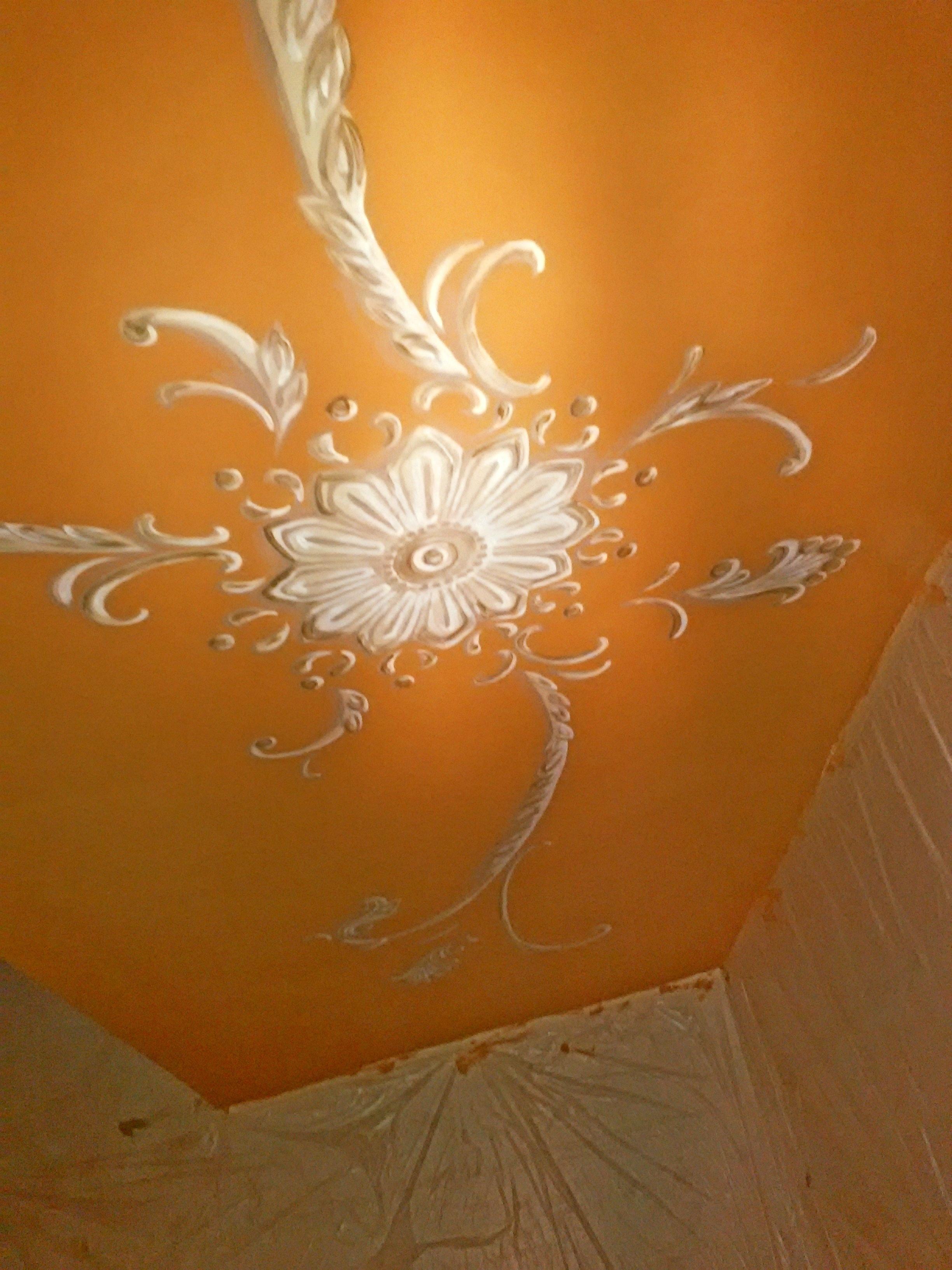 Роспись маленького потолка