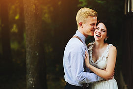 beautiful-wedding-couple-posing-in-fores