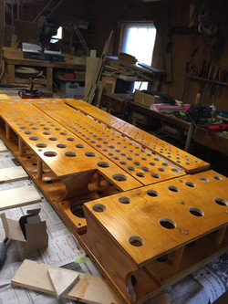 Toeboard and rack for a wind chest