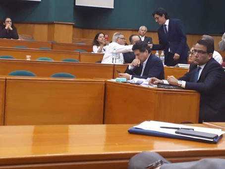 FUNCIONARIO DEL MINISTERIO DEL TRABAJO SE DESPIDE DEL PAPA DEL MINISTRO DEL TRABAJO RAUL LEDESMA!!!!
