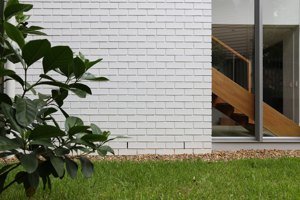INDOOROOPILLY RESIDENCE 02