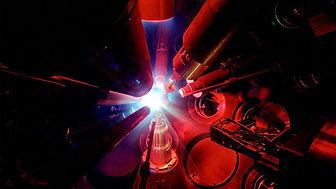 u-rochester-omega-laser-facility.jpg