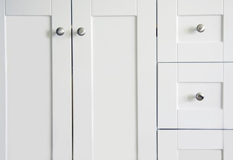 178763-750x513-white-laminated-cabinet-d