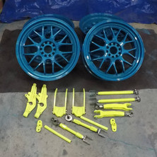 G35 drift car F1R wheels repaired and refinished in Glokzin teal, suspension components finished in Neon yellow