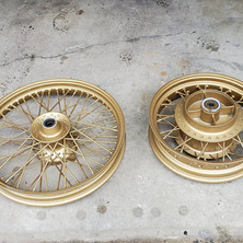 Honda CB600 refinished in Ducati Gold