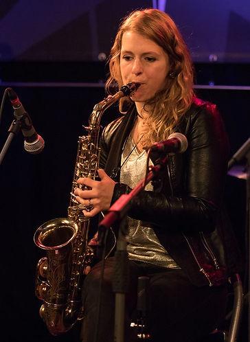 Tanja-Maria Hirschmüller / Saxofonistin und Klarinettistin bei Christian Haase & Band