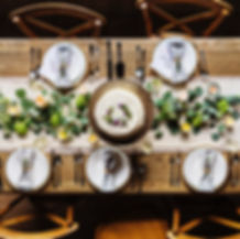 축제 저녁 식사 테이블